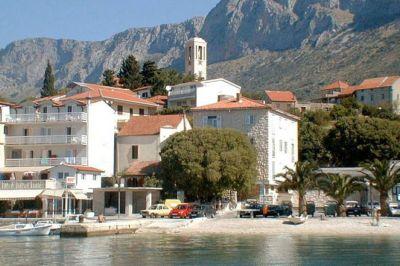 Chorvatsko Makarská Gradac soukromé apatmány ubytování hotely pokoje pronájem plavidel marina dovolená CK Lotos