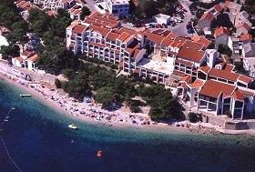 Chorvatsko Apartmány Igrane Hotely Igrane Penziony Igrane Soukromé ubytování Igrane Pronájem plavidel Igrane dovolená CK Lotos