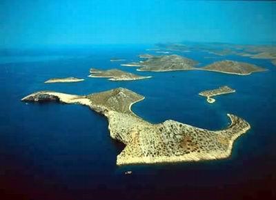 Chorvatsko Apartmány Verunic Pokoje Verunic Soukromé ubytování Verunic Pronájem plavidel Zadar Kornati dovolená CK Lotos
