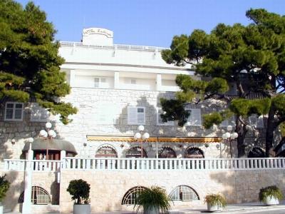 Chorvatsko Baška Voda Makarska hotely apartmány rekr.střediska kempy ubytování CK Lotos