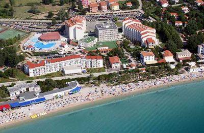 Chorvatsko Baska Krk hotely apartmány rekr.strediska kempy ubytování CK Lotos