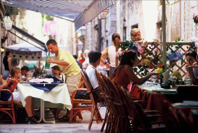 Dubrovnik - Dubrovnik Hrvatska - Hotel Dubrovnik - Libertas Dubrovnik - Dubrovnik hoteli - Hotel More Dubrovnik - Grad Dubrovnik - luka Dubrovnik - Stari grad Dubrovnik - apartmani Dubrovnik - Dubrovnik apartmani - Dubrovnik smještaj - apartman Dubrovnik - Excelsior Dubrovnik - Hoteli u Dubrovniku - Villa Dubrovnik - Dubrovnik krstarenja - Dubrovnik marina - Hoteli u Dubrovniku - Dubrovnik Mljet - Dubrovnik Lopud Dubrovnik turistička agencija Lotos Dubrovačko ljeto