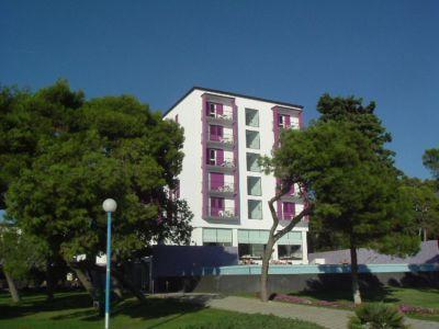 Chorvatsko Biograd hotely apartmány rekr.strediska kempy ubytování prístav marina CK Lotos
