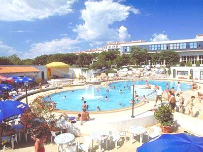 Medulin Croatia hotels Medulin Medulin apartments camp Medulin Medulin accommodation Medulin Holiday resorts Medulin Villas Belvedere Medulin Imperial Medulin hotel arcus Medulin Koral Medulin travel agency Lotos Pula Riviera