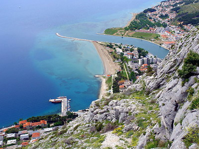 Omis Croatia Omis hotels Omis duce apartments Omis accommodation Omis Hotel Plaza Omis Omis rafting Omis Countryside Cottage Omis travel agency Lotos Split Riviera