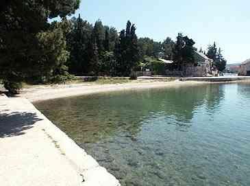 Chorvatsko Apartmány Stari Grad Hotely Stari Grad Rekreacní strediska Stari Grad Soukromé ubytování Stari Grad Pronájem plavidel Split dovolená CK Lotos