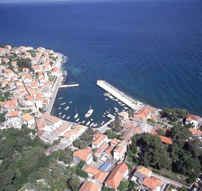 Sutivan Croatia - Sutivan Brac - Sutivan accommodation - Sutivan apartments - Sutivan Holiday Resort Sutivan travel agency Lotos Brac Riviera