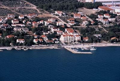 Chorvatsko Apartmány Vrsi Pokoje Vrsi Penziony Vrsi Soukromé ubytování Vrsi Pronájem plavidel Zadar Bibinje dovolená CK Lotos