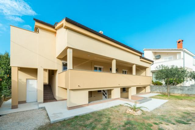 apartments Croatia Lucia