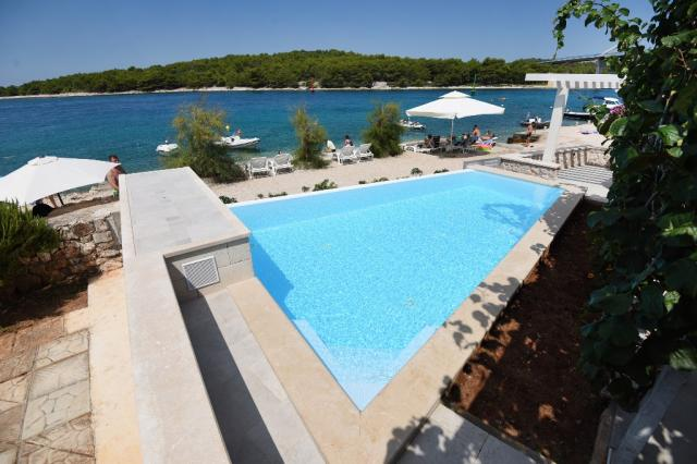 apartments Croatia Maris