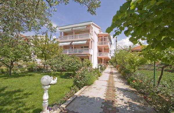 apartments Croatia ROZA