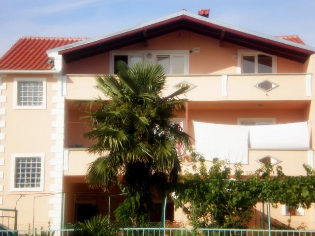 apartments Croatia Galeb