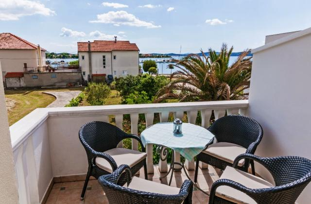 apartments Croatia LABUD