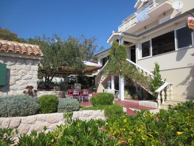 apartments Croatia Frane
