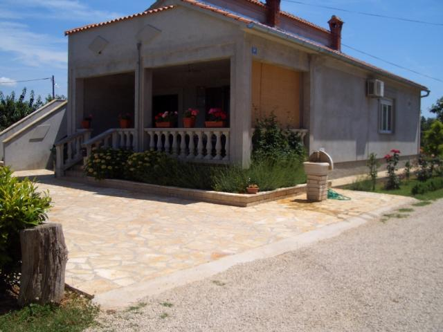 apartments Croatia Elena