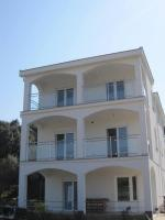 Petrcane apartments Croatia Cato