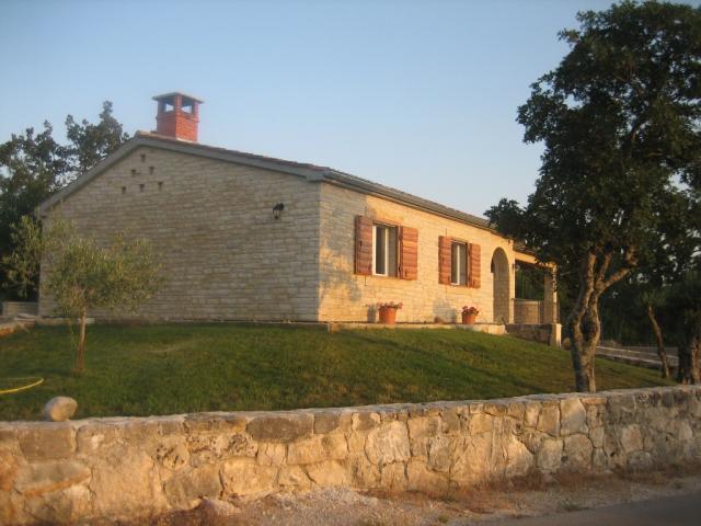 house maruna maslenica